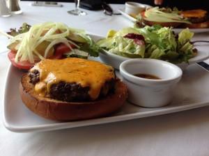 Ruth Chris' Burger Full Plate