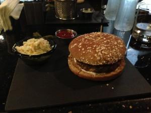 The B360 Burger Plate